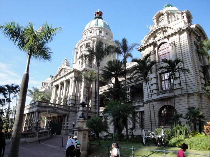 Travel along the Golden Mile(the beachfront), viewing the City Hall in #Durban with #mountziontours