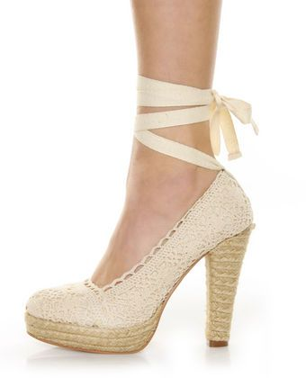 I absolutely love shoes like this with the tie around the ankle.
