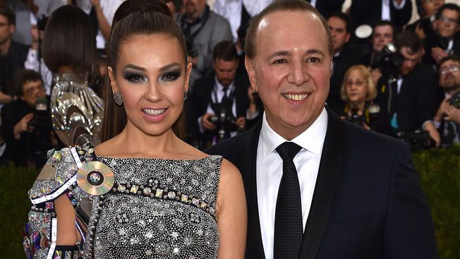 "Tommy Mottola lanzó su libro ""The Latin Explosion: A New America""."