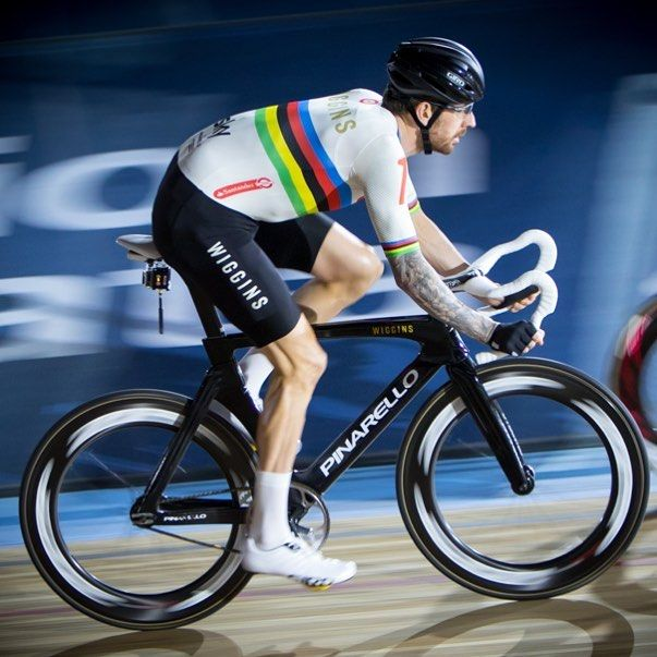 Something a bit different from me Sir Bradley Wiggins cycling at @sixdaycycling #dogphotosuk #mdrphoto #sixdaylondon