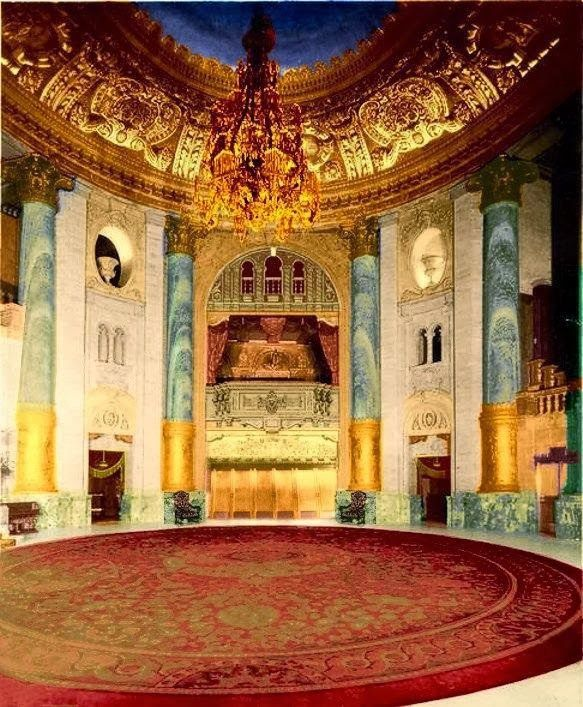 The lobby of the original Roxy Theatre.