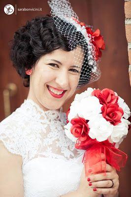 Incartesimi: Bouquet di rose bianche e rosse