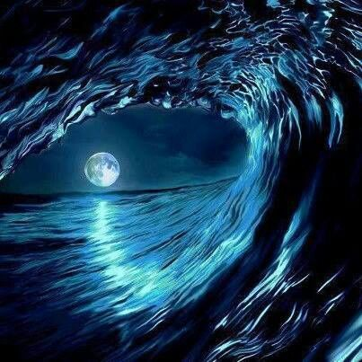 ⭐Ocean wave circling the Moon⭐                                                                                                                                                     More