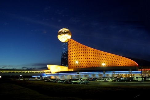 The Golden Moon Hotel & Casino, Choctaw, Mississippi. Scott and I visit this grand placce twice a year! The greatest buffet EVER!