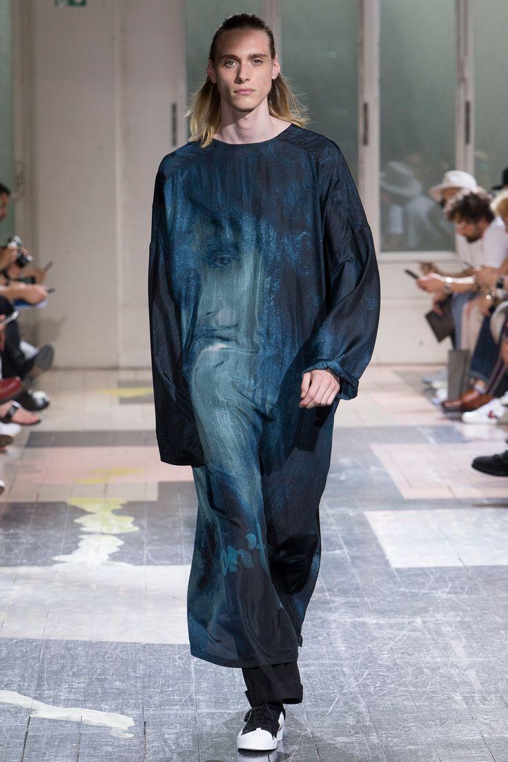 Yohji Yamamoto Spring 2018 Menswear Fashion Show Collection