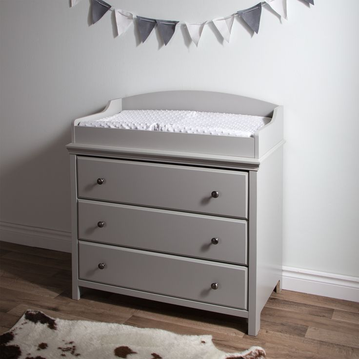 Features:  -Straight lines and profiled drawers to add to the transitional style.  -Top of the changing table features rounded contours and a secure front panel for increased safety.  -3 Practical dra