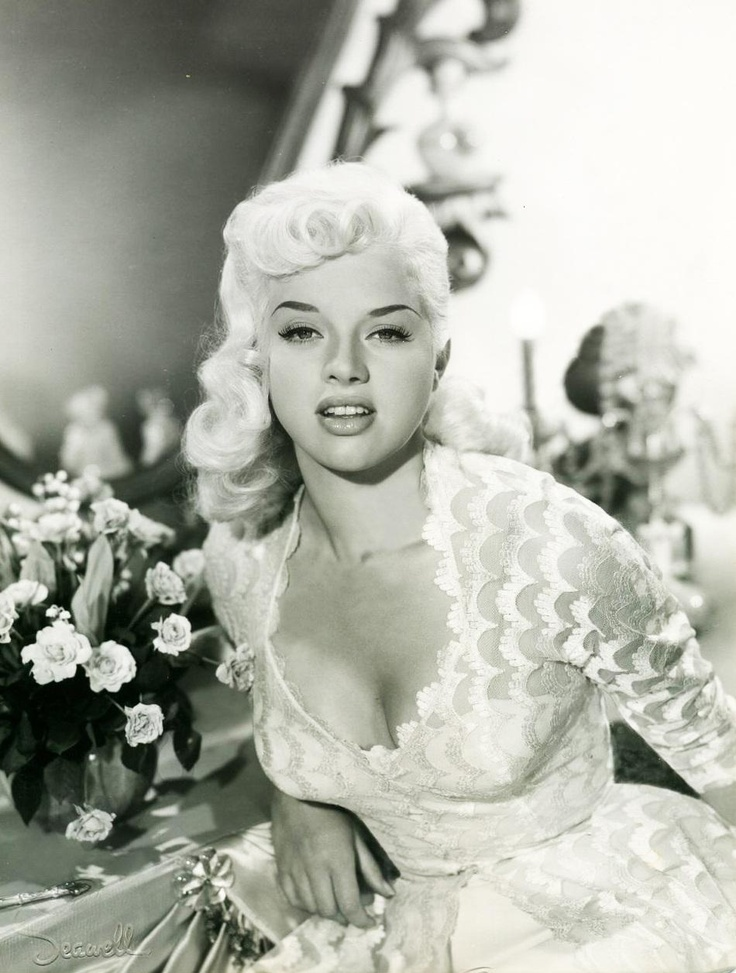 Diana dors love her hair stunning lady she 39 s so for How old was jayne mansfield when she died