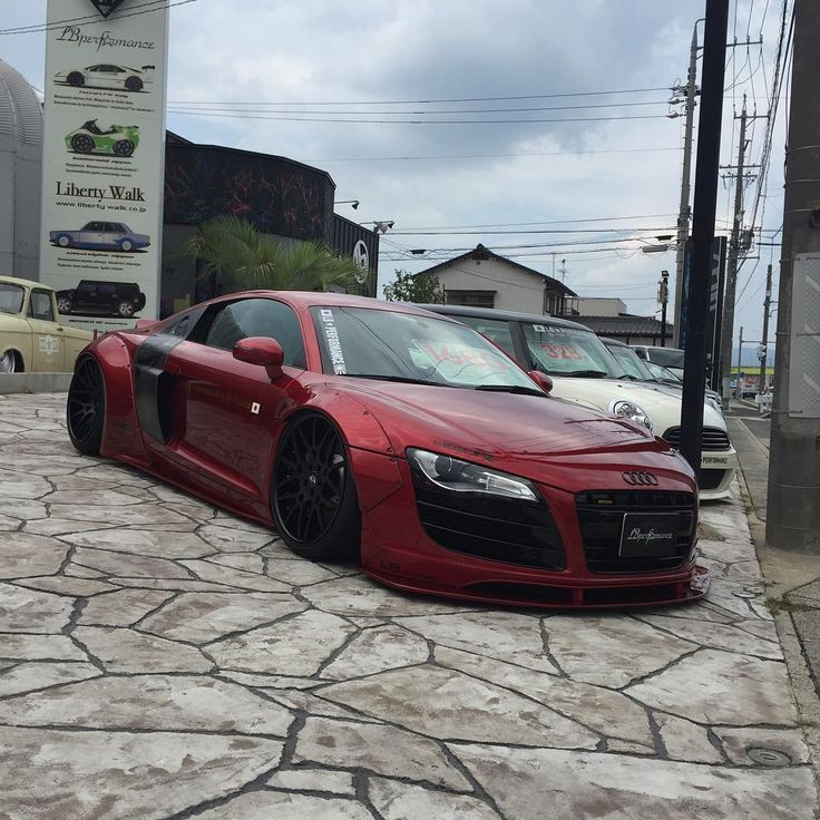 """32 Gostos, 3 Comentários - Hajime (@snapcar_jpn) no Instagram: """"Candy apple red! #audi #r8 #v10 #rtronic #red #candy #apple #red #candyapplered #libertywalk…"""""""