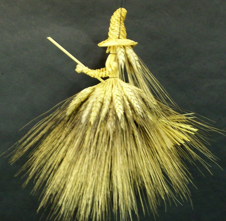 Kitchen Witch house blessing doll made from wheat by ReidsWeeds