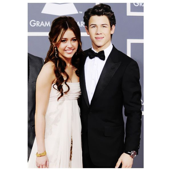 Niley: Nick Jonas and Miley Cyrus ❤ liked on Polyvore featuring niley and couples