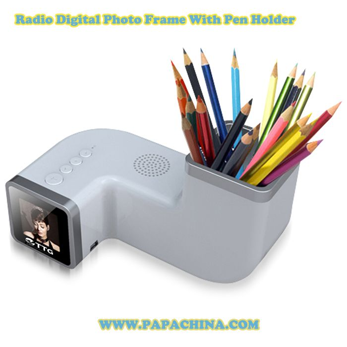 The Radio Digital Photo Frame With Pen Holder which is an excellent example of simplicity with its fascinating features that includes calendar talking clock, mini usb port, pen holder and radio.For more details visit http://bit.ly/20DLwEd