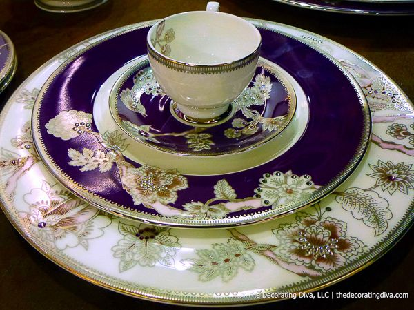 Prouna's Pavo Silver Plate and Fine Bone China DinnerwareDinnerware Purple, Fine Bones China, Prouna Pavo, Dinner Plates, Silver Plates, China Dinnerware, Fine Bone China, Dinner Sets, Pavo Silver