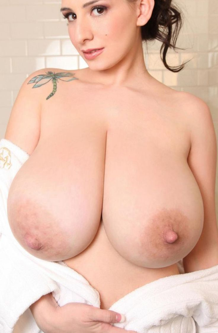 Bigger boob ddd gigantic huge