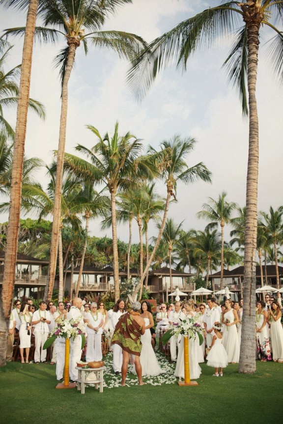White on white Hawaiian wedding - photo by Ruth Anne Photography