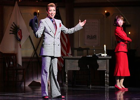 フォトギャラリー   星組公演 『ガイズ&ドールズ』   宝塚歌劇公式ホームページ
