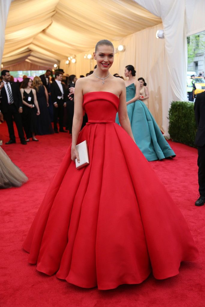 Met Gala Red Carpet Arrivals - Arizona Muse looks great as would Natalie Portman in this