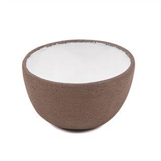 Découvrez le bol en céramique fait main et créé tout spécialement pour Najel par la céramiste Saskia Lauth. Accessoire indispensable pour réaliser vos masques maisons !