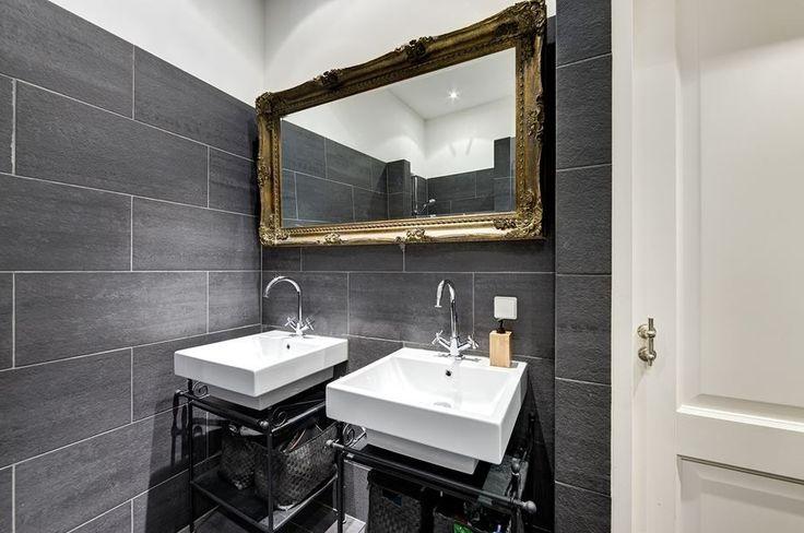 Barok Radiator : Prachtig deze gouden barok spiegel in een zwart wit ...