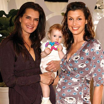 Brooke Shields with daughter Grier 1, & Bridget Moynahan who is expecting her first child by exboyfriend Tom Brady.2007