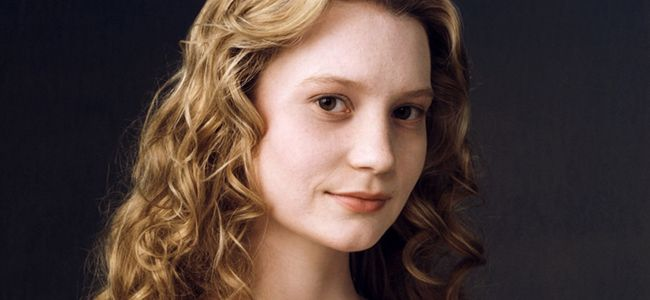 Mia Wasikowska to play Claire Mitchell
