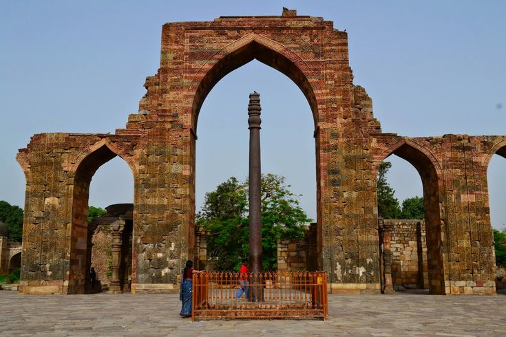 Mystery of 1600 years old Iron Pillar of Delhi ~ Mysteries of india