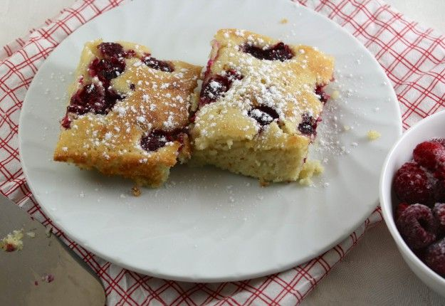 Almond and Raspberry Slice - Real Recipes from Mums