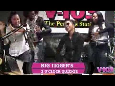 """Chilli Dances to El DeBarge's """"I Like It"""" on the Big Tigger Show chili and el debarge are sexy as all get out"""