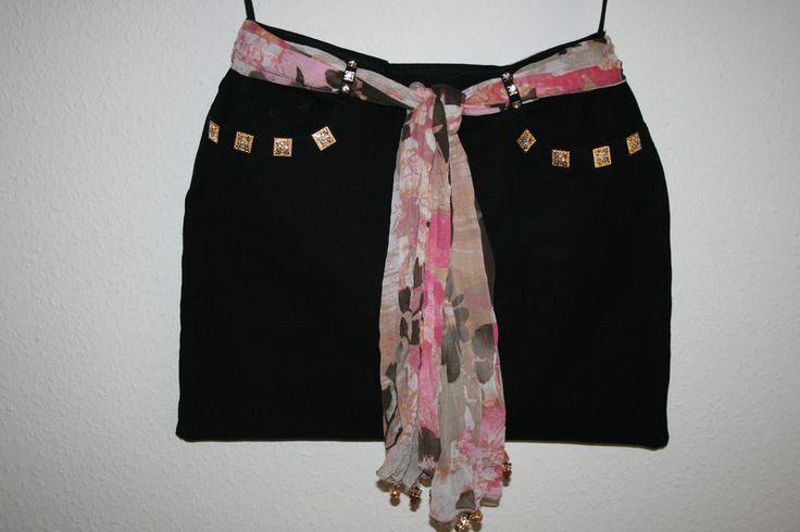 Umhängetaschen - Jeanstasche schwarz/gold, Umhängetasche,  - ein Designerstück von Angelas_Kreativwelt bei DaWanda