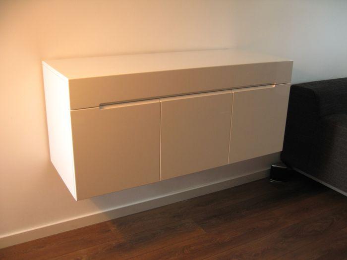 die besten 25 dj pult ideen auf pinterest dj pult tisch dj table ikea und audio m bel. Black Bedroom Furniture Sets. Home Design Ideas
