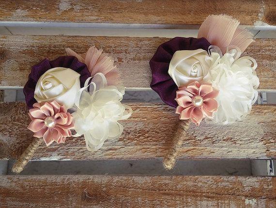 Men wedding boutonniere,  groom boutonniere, rustic boutonniere, purple boutonniere, wedding buttonhole, lapel flower, groomsman boutonniere