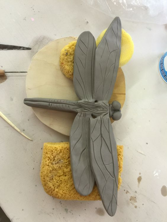 Libelle, die ich heute für den Garten gemacht habe, wird irgendwann auf einem S – Bärbel Metzger