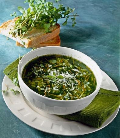 Minestrone di riso, erbette e spinaci - Rimettersi in forma con ricette light