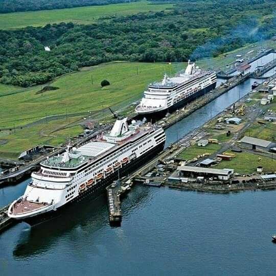 Canal de Panama. Compuertas de Lago Gatun.