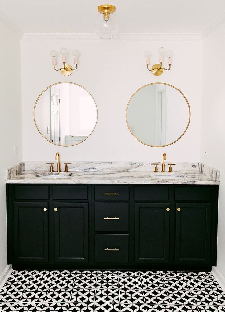 Black And White Bathroom With Gold Hardware Black And Gold Bathroom Black And White Tiles Bathroom Gold Bathroom