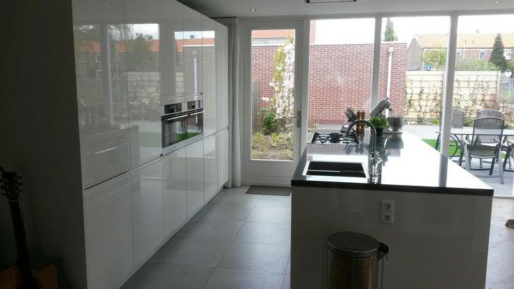 Hoogglans Keuken Met Houten Elementen : ... op Pinterest - Keuken ...