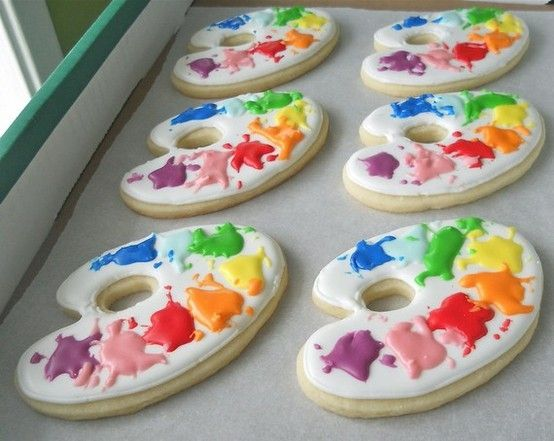 Nice for an arts & crafts theme party....cookies in shape of an artist's palate   cute cookies for a special day in class! by Waterbaby