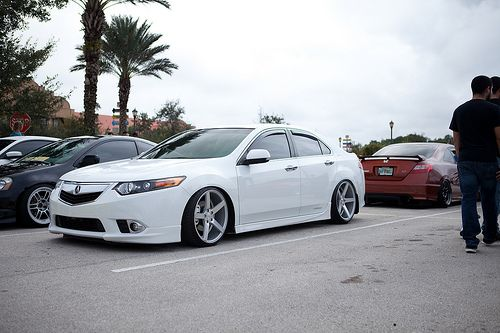 Simply Clean 5 - Clean white Acura TL on Vossen CV3's