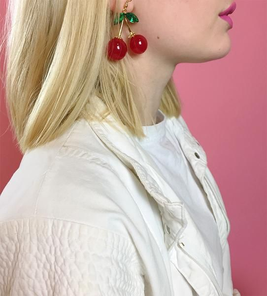 """- Drop earrings - 2.4"""" - Material: Alloy, Crystal and Resin - Imported"""