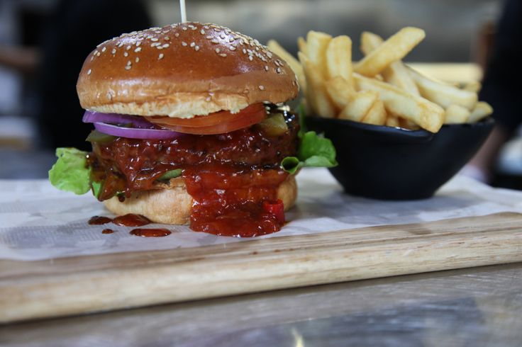 Juicy Spanish burger