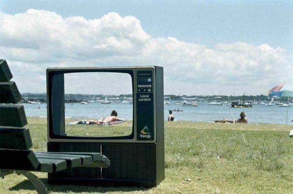 television-station-beach-small-55637.jpg (600×397)
