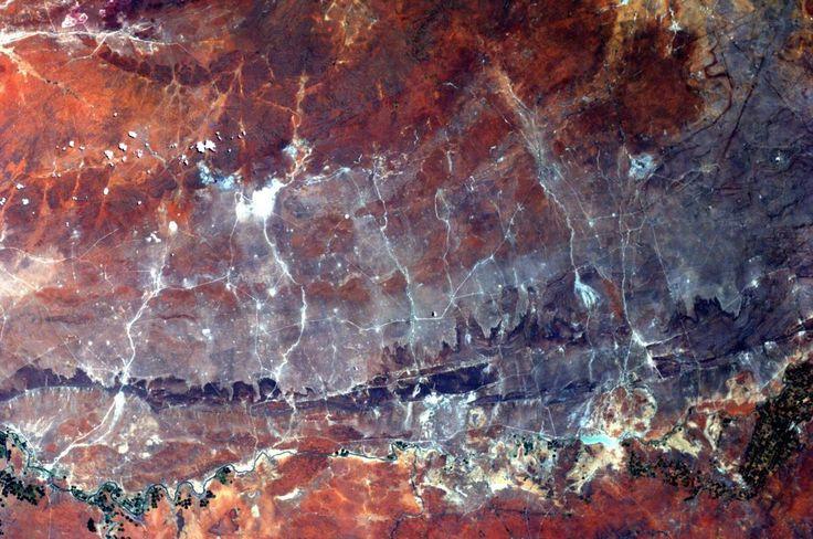 Οι αστροναύτες της NASA φωτογραφίζουν τη Γη. Είχαμε ξεχάσει πόσο όμορφος είναι αυτός ο πλανήτης