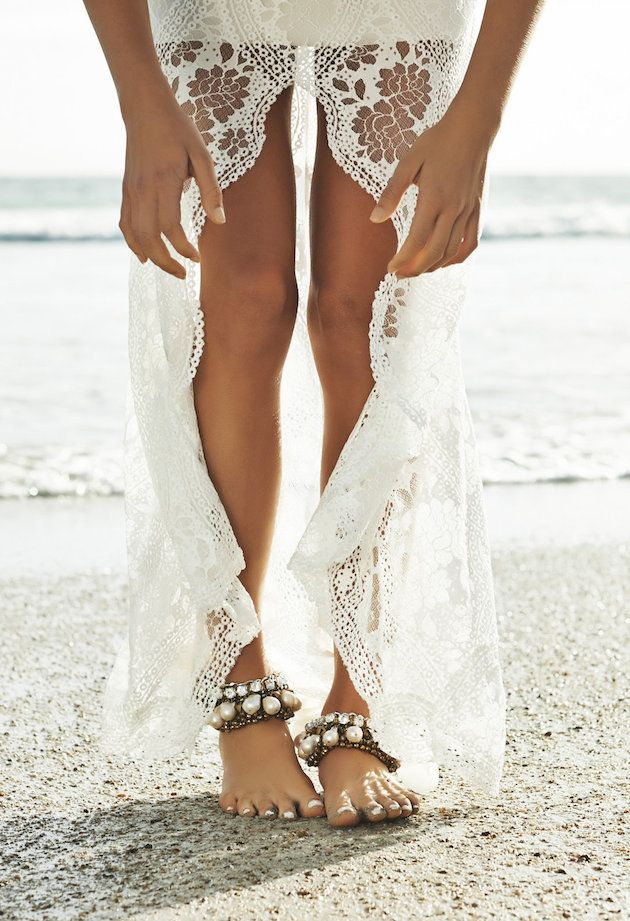 lace gown, sparkly anklets & sand between the toes - Barefoot Beach Brides | Bridal Musings Wedding Blog 1