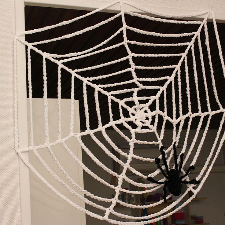 Svarta Fåret : Virkat spindelnät och spindel i Super Soft