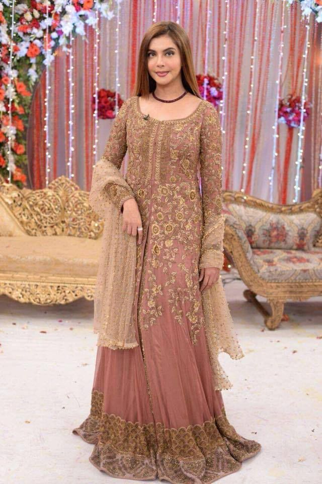 ef9137ec4c Zainab Chottani Net Suit