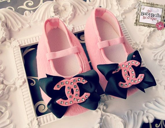 Baby Girl Pink Crib Shoes baby booties by TheBabyBellaBoutique, $16.95 on Etsy. OMG!!