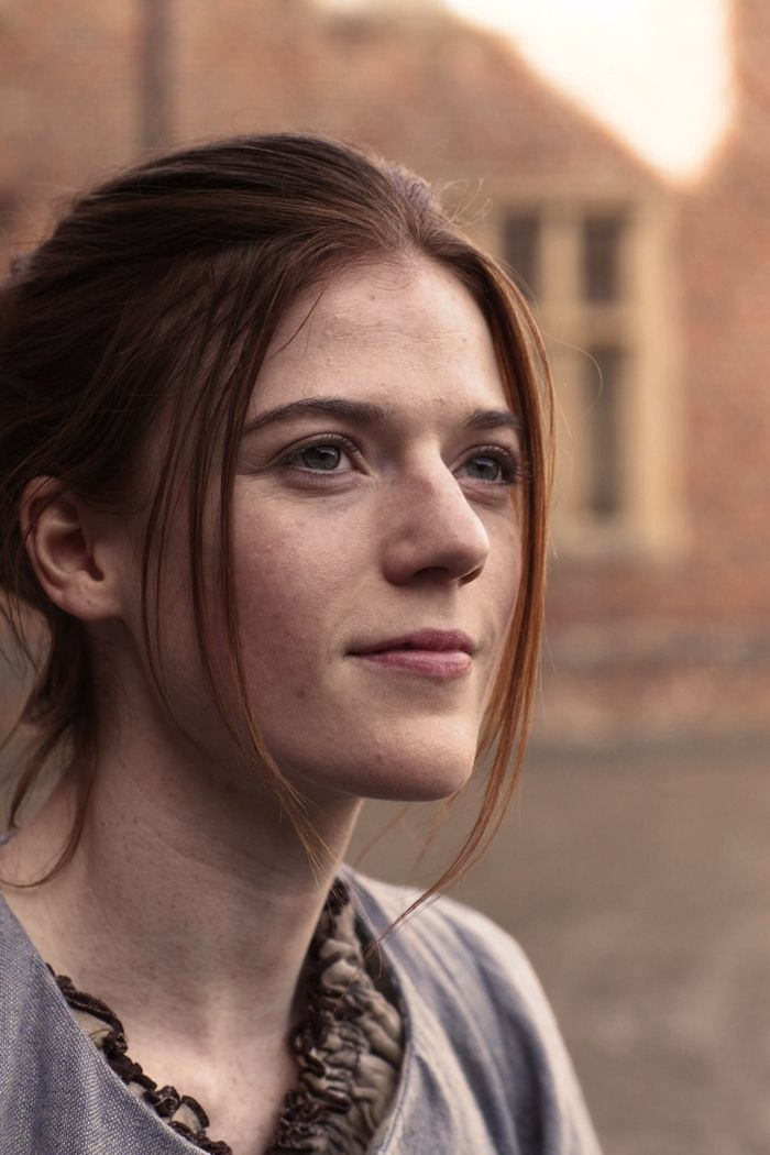 """Ralph / Mary [Rose Leslie] """"AHA! OBVIOUSLY I am a MAN and YOU are a man, so I challange you to a DUEL of MANLINESS!"""""""