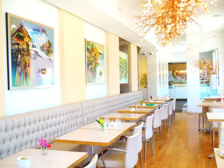 The stunning dining room for brunch and afternoon tea at Toronto's Dessert Trends.