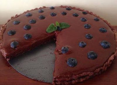 Csupa csoki szénhidrátszegény diétás pite áfonyával (paleo)