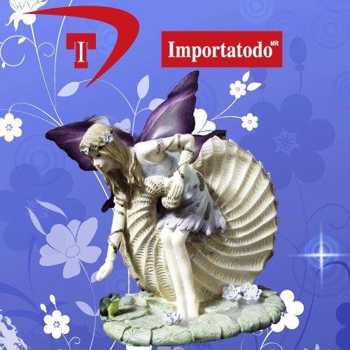 Figura decorativa Hada elaborada en Poliresina marca TRENTINO. Modelo 45-623