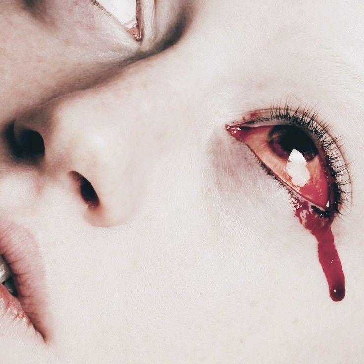 Картинки девушек кровь из глаз